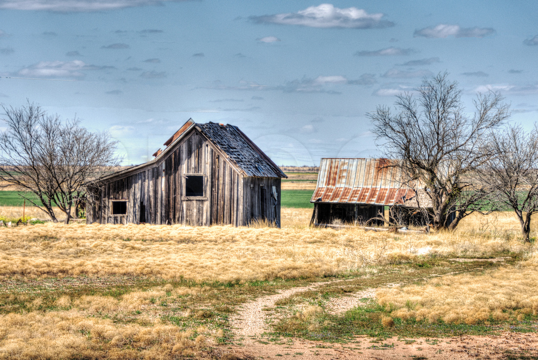 Old Barn Photo in Quanah, Texas